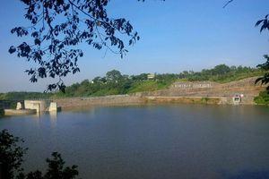 Yang Naik Daun di Semarang: Waduk Jatibarang