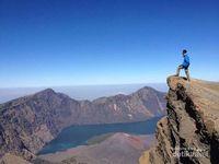 Berkaca dari Kasus Erri, Ini Tips Foto yang Aman di Gunung