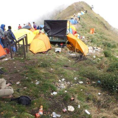 Malu Dong Sama Pendaki Asing, Mereka Nggak Nyampah di Rinjani