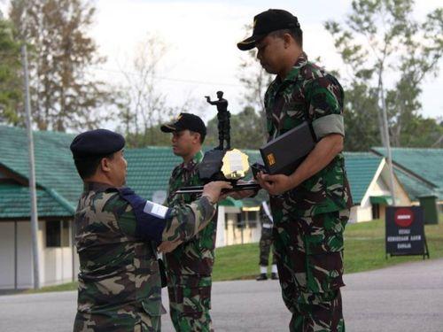 Mengenal Letda Sihombing, Penembak Ulung Kopassus yang Kaya Medali - 1