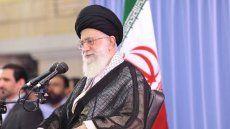 Pemimpin Tertinggi Iran Serukan Dunia Muslim Bersatu