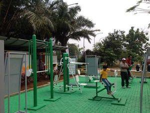 Ahok Sambut Positif Soal Fasilitas Alat Gym di Taman Waduk Pluit