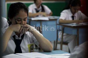 Ini 10 SMP Paling Jujur Saat UN 2015