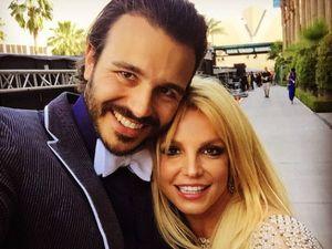 Britney Spears Hapus Semua Foto Bareng Pacar di Instagram