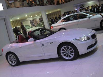 BMW Batal Produksi Roadster Z2