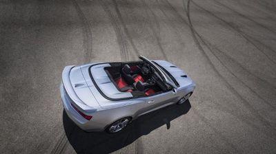 Seperti Ini Sosok Chevy Camaro Atap Terbuka Model Terbaru