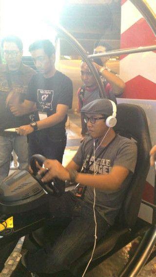 Calon Pebalap Nissan GT Academy Masih Berusia Muda