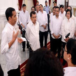 Bisikan Ekonom ke Jokowi: Ini Penyebab Rupiah Anjlok
