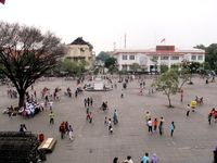 Indonesia, Negeri yang Hampir Sama Damainya Seperti Prancis