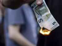 Puluhan Ribu Warga Yunani Tolak Utang IMF