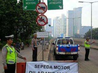 Pengendara Motor Lebih Paham Aturan Lalu Lintas Ketimbang Mobil