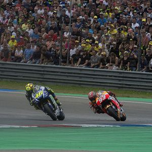 Komentar Bos Yamaha dan Honda Soal Insiden Rossi-Marquez