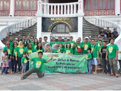 Touring Komunitas X-Trail ke Palembang