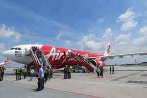 Asyik! Kini Traveler Bisa Nge-tweet di Dalam Pesawat AirAsia