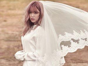 Hyosung Secret Anggun Berbusana Pengantin untuk InStyle