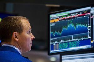 Tak Terpengaruh Yunani Bangkrut, Wall Street Masih Naik