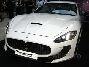 Mobil 100 Tahun Maserati