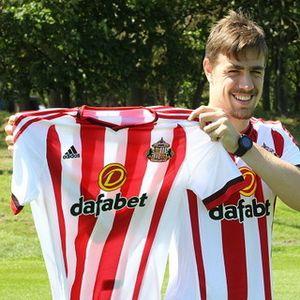 Coates Kini Jadi Milik Sunderland
