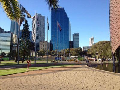 Menikmati Kota Perth yang Tenang dan Bersahaja