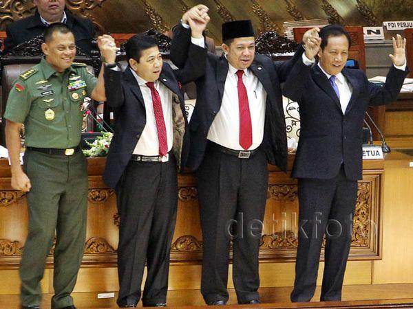 DPR Setuju Sutiyoso Jadi KaBIN dan Gatot Jadi Panglima TNI