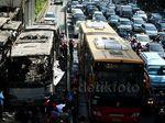 Bus TransJ Terbakar, Salemba Macet Parah