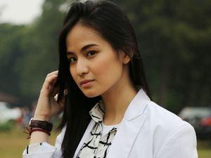 Jennifer Tungka, Dokter Karina dalam Tarzan dan Zaenab