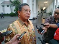Dipanggil Jokowi ke Istana, Ini Kata Darmin Nasution