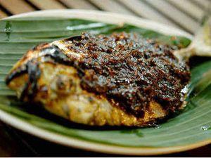 Menu Hari Ke-18: Sedap Berempah, Coto Makassar dan Ikan Bakar Bumbu Parape