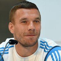 Podolski Selangkah Lagi Bergabung dengan Galatasaray