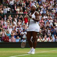 Serena Williams Lalui Pertarungan Ketat untuk Lolos