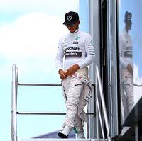 Hamilton Pole, Mercedes Start 1-2