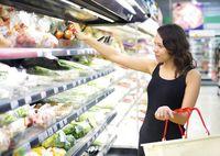 Mau Belanja Telur dan Roti? Cek Dulu Fakta dari 5 Mitos Soal Belanja Ini!