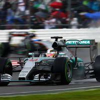 Keputusan Tepat Bikin Hamilton Makin Nikmati Kemenangan