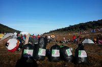 Gunung Populer di Indonesia Sudah Darurat Sampah!