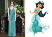 Alberta Ferretti Rancang Gaun yang Terinspirasi Putri Disney