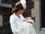 Intip Momen Pembaptisan Putri Charlotte Elizabeth Diana