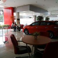 Jelang Lebaran, Permintaan Kredit Motor dan Mobil Meningkat