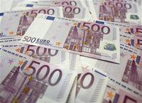 Euro Terjun Bebas Gara-gara Yunani