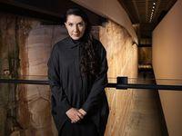 Fenomenal! Marina Abramovic Bikin Performing Arts dari Pemakamannya