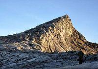 Gara-gara Turis Bugil, Gunung Kinabalu di Malaysia Ditutup Sementara