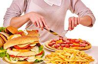 Konsumsi Junk Food Terbukti Ganggu Pemrosesan Sinyal Rasa Kenyang di Otak