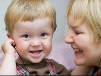 Dengar Musik Sambil Bernyanyi Lebih Berguna untuk Rangsang Kecerdasan Anak