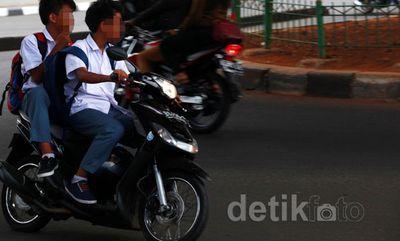 Orangtua Jangan Bangga Anak di Bawah Umurnya Bisa Naik Motor atau Mobil