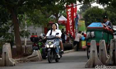 Di Purwakarta, Bupati Larang Anak ke Sekolah Bawa Kendaraan