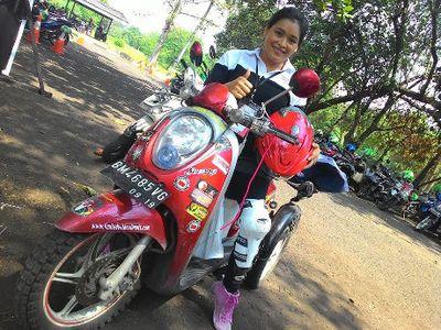 Tanpa Bantuan, Penyandang Difabel Ini Keliling Indonesia Naik Motor