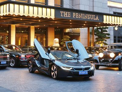 Wih, Hotel di Tiongkok Ini Layani Tamu Pakai BMW i8