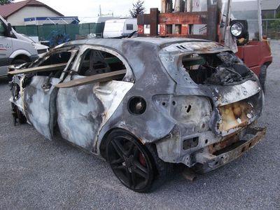 Mercy A45 AMG yang Sudah Terbakar Ini Dijual Rp 140 Jutaan