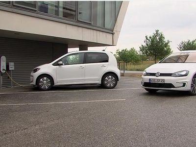 Mobil VW Bisa Parkir Otomatis, Tanpa Perlu Disetir