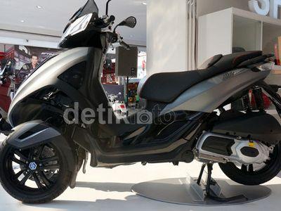 Piaggio Kembangkan Motor 4 Roda Bareng KTM