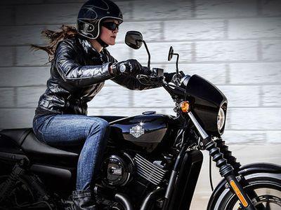 Penjualan Dunia Harley-Davidson Anjlok